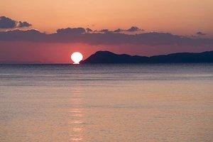 sunrise-1946872__340.jpg